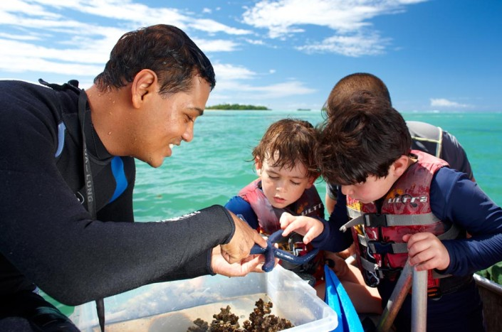 Jean-Michel Cousteau, Fiji - Marine Biologist with children