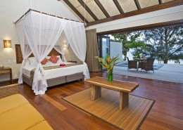 Nautilus Resort Luxury Villas Cook Islands - Beachfront Guestroom