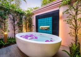 Banyan Tree Phuket, Thailand - Guestroom Banyan Pool Villa Exterior Bathtub