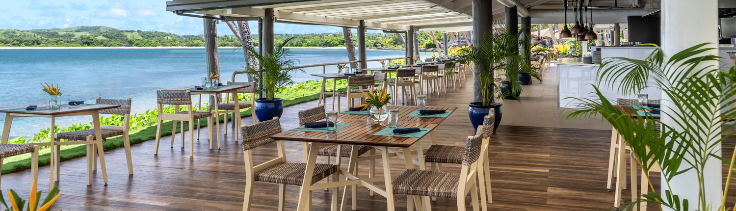 Shangri-La's Fijian Resort - Beach Bar and Grill