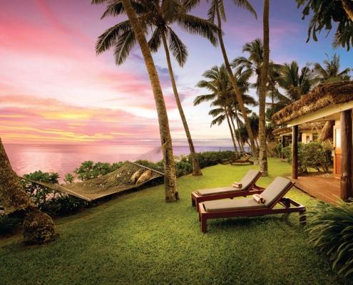 Outrigger Fiji Beach Resort - Beachfront Bure