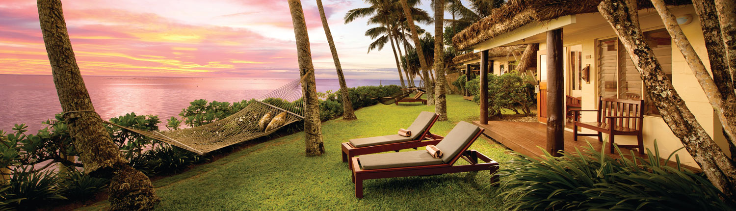 Outrigger Fiji Beach Resort - Beachfront Bure