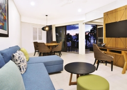 Radisson Blu Resort, Fiji - 1 and 2 Bedroom Suite Lounge