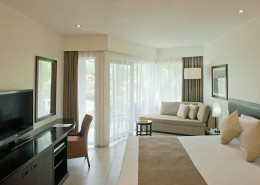 Radisson Blu Resort Fiji - Guestroom Interior