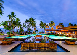 Sheraton Fiji Resort - Pool & Flying Fish Restaurant