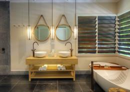 Vomo Island Resort Fiji - Bathroom