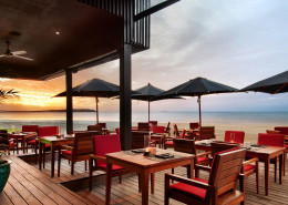 Hilton Fiji Beach Resort & Spa - Restaurant Views