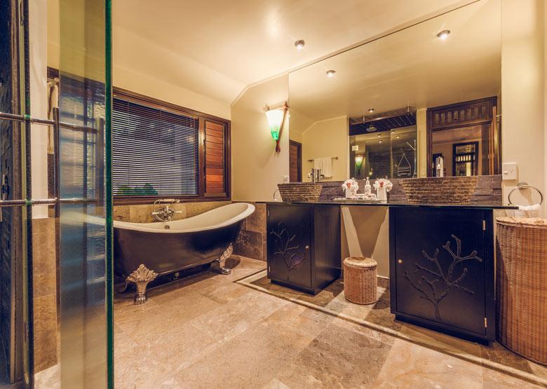 Ocean Bathroom Set