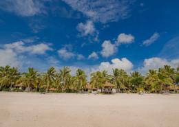 Crown Beach Resort & Spa Cook Islands - Beach