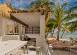 Crown Beach Resort & Spa Cook Islands - Beachfront