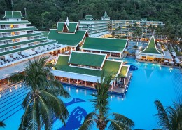 Le Meridien Phuket Beach Resort Thailand - Pools