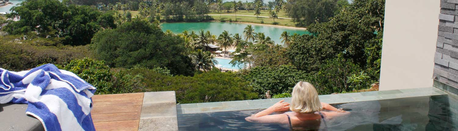 The Terraces Boutique Apartments Vanuatu - Pool with a view!