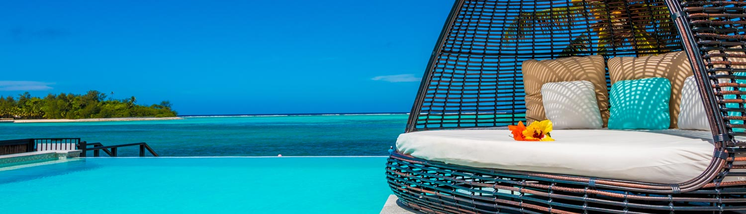 Crystal Blue Lagoon Luxury Villas Cook Islands - Infinity Pool