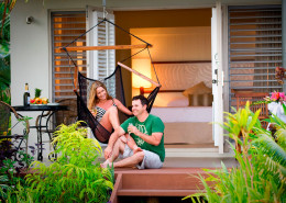Fiji Hideaway Resort & Spa - Honeymoon Bure Exterior