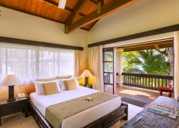 Warwick Le Lagon Resort & Spa Vanuatu - Garden & Lagoon View Interior