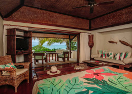 Pacific Resort Aitutaki Cook Islands - Premium Beachfront Bungalow