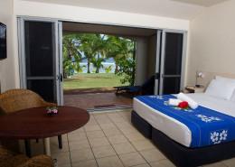 Sunset Resort Cook Islands - Beachfront Studio Interior