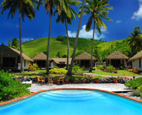 Tamanu Beach Cook Islands - Resort Pool & Rooms