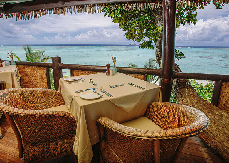 Pacific Resort Aitutaki - Dining with views - Cook Islands