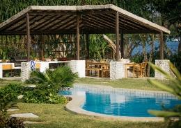 Entertaining area = Pool pavillion - Nakagumble Eco Villa