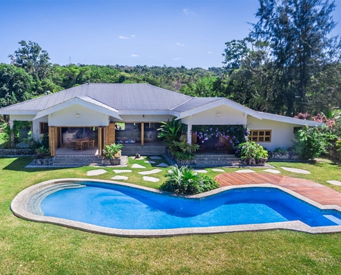 Nakatumble Luxury Eco Villa - Luxury Vanuatu Holidays - Holiday home on 6 acres